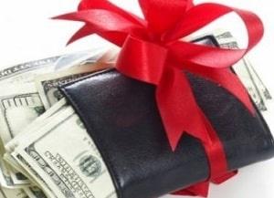 Как дарить портмоне