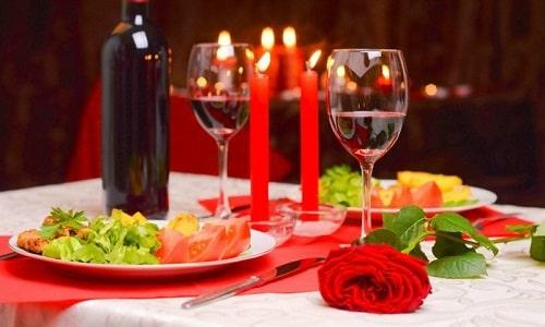 Романтический подарок девушке на 14 февраля